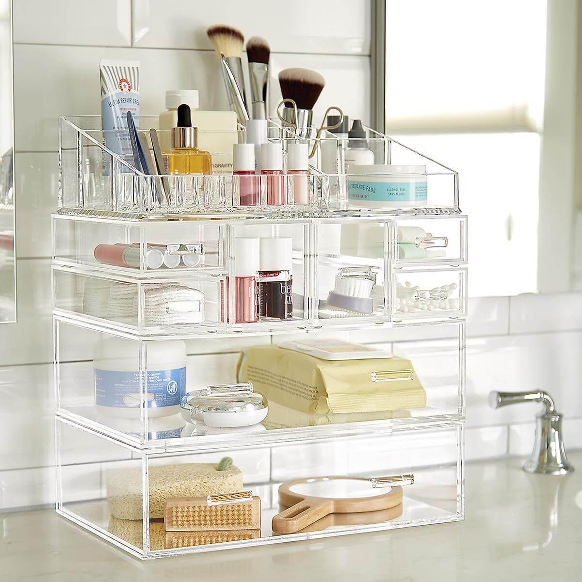 Bathroom acrylic makeup organizer