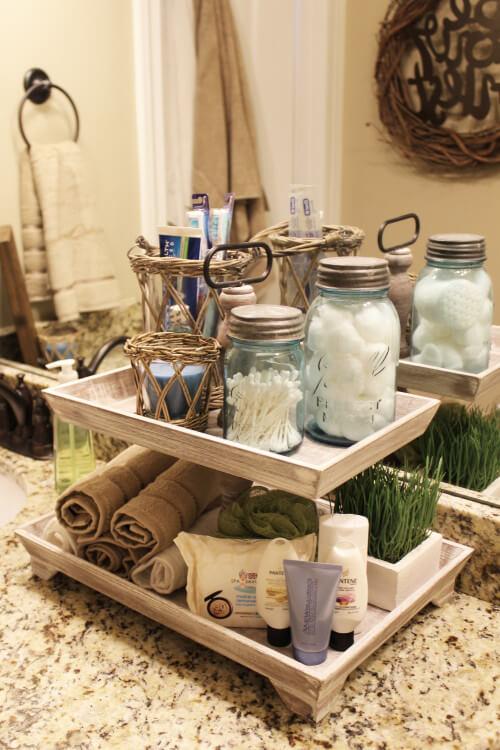 Bathroom organizer tray