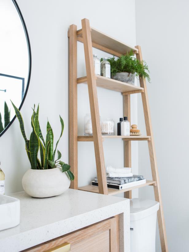 Bathroom storage ladder shelf