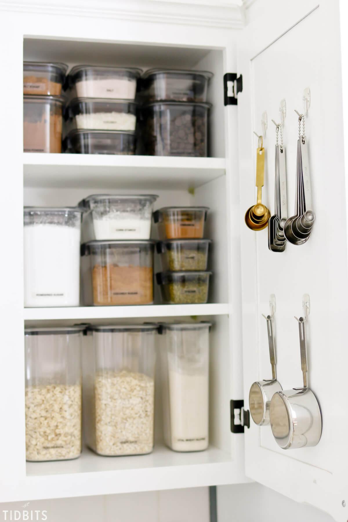 Kitchen-cabinet-organization-ideas-hanging-hooks