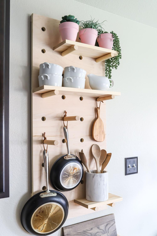 Kitchen-cabinet-organization-ideas-pegboard